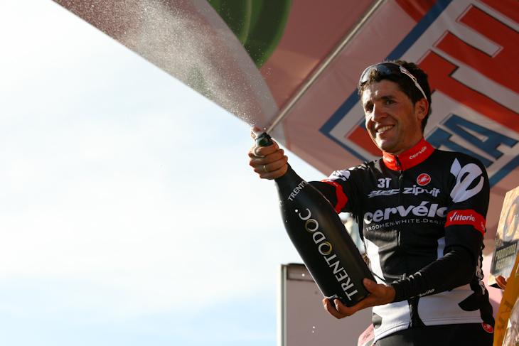 2008年のディフェンディング・チャンピオン、カルロス・サストレ(スペイン・サーベロ)。山岳では他を寄せ付けない強さを誇る、ピュアクライマー。最終決戦の地、モン・バントゥーで全てを決めるアタックをしてくるはずだ