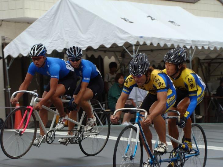 二人乗り自転車で競うタンデム ...