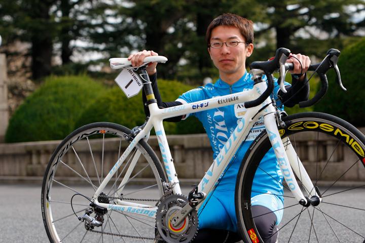 シリーズチャンピオンの西薗良太(東京大学)