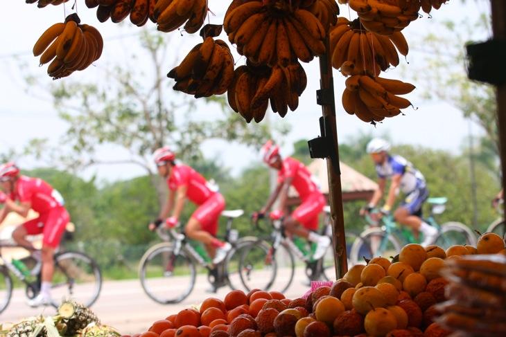 果物売り場でのワンカット