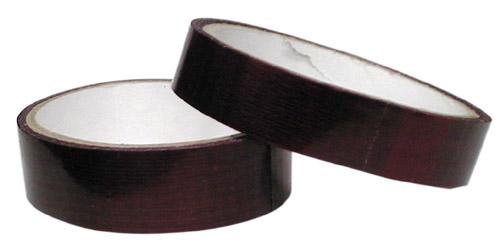 クリンチャーリムのスポーク穴を塞ぐためのリムテープ。リムの幅22-25mm用のrace、25-28mm用のheavy-dutyがある