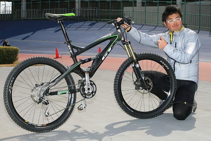 自転車の gt 自転車 : の自転車ライター アサノとGT ...