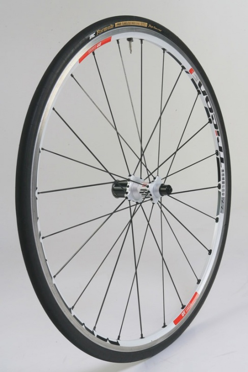 DTスイス   RR1450 TRICON ROAD WHEEL リア