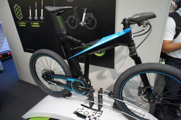 電動バイク Eシリーズのブルーカラー