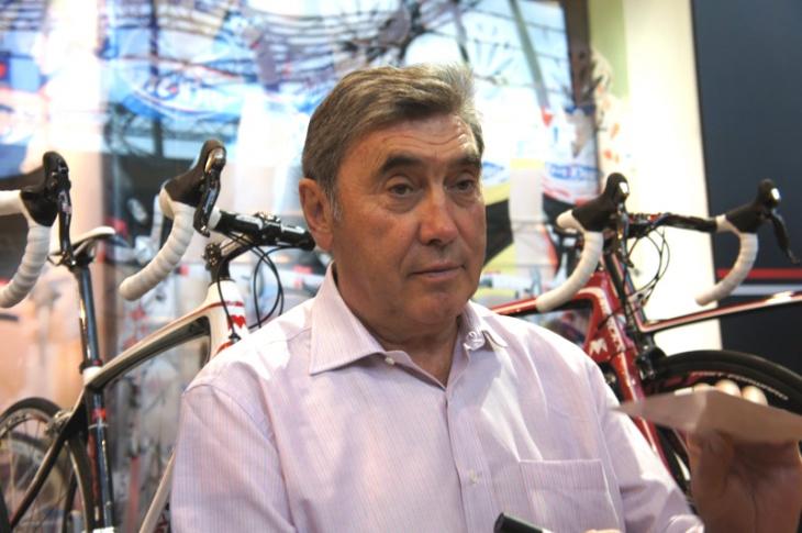 史上最強の自転車選手、エディ・メルクス氏がブースに登場