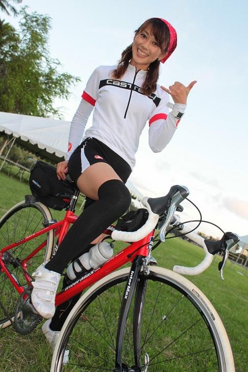 自転車の 自転車 通勤 服装 女子 : お洒落でアクティブ。楽しみ ...
