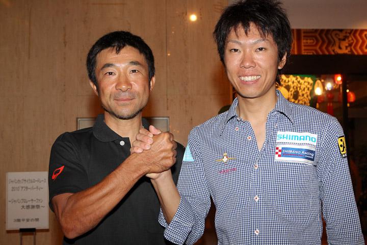 当日のジャパンカップで3位入賞の畑中勇介(シマノレーシング)とともに