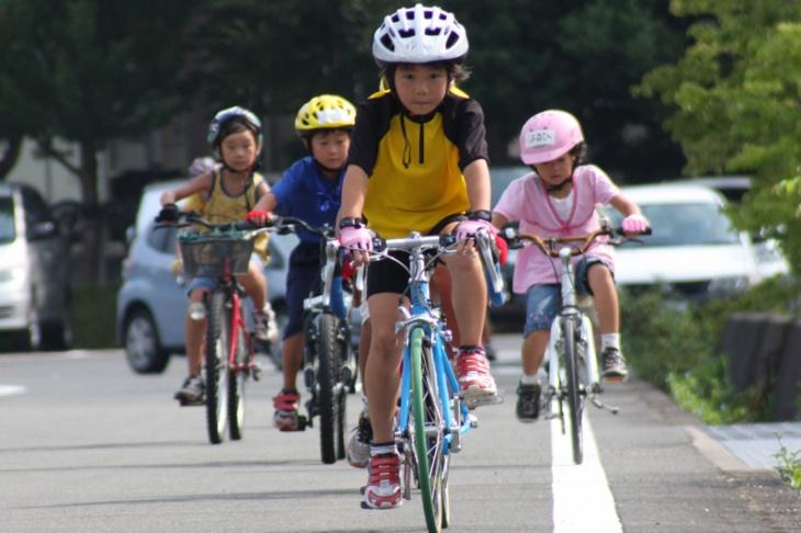 思いっきり自転車で遊べるスクールだ