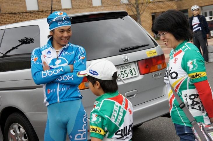 トップレーサーとの交流も楽しみの一つ(写真は2010年大会)