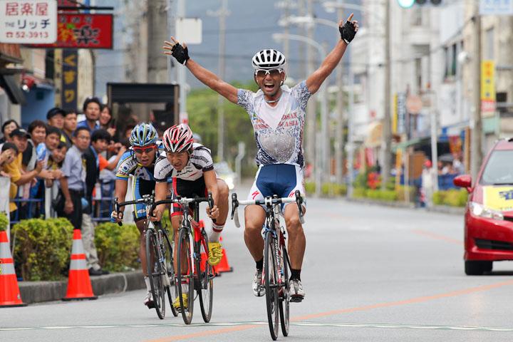 福島晋一(クムサン・ジンセン・アジア)が優勝: photo:Hideaki.TAKAGI