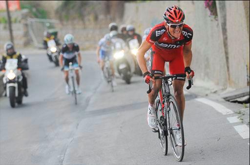 先頭グループからポッジオで飛び出したフレフ・ファンアフェルマート(ベルギー、BMCレーシングチーム)