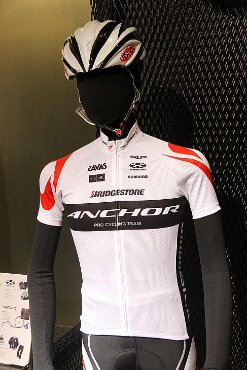 チームブリヂストン・アンカー2012チームキット
