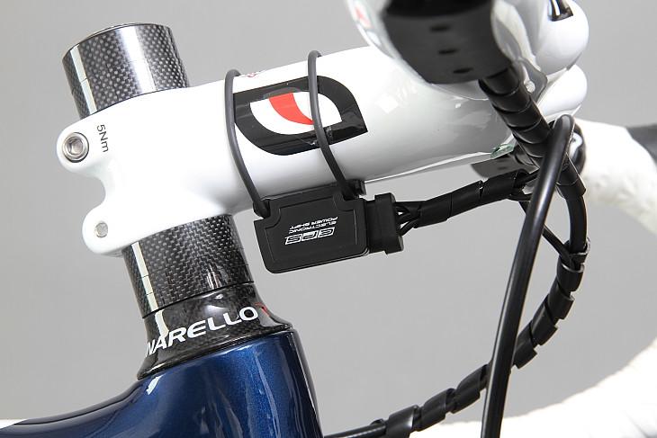 充電状態などをシグナルで確認できる装置 レバー操作をデジタル信号に変換する