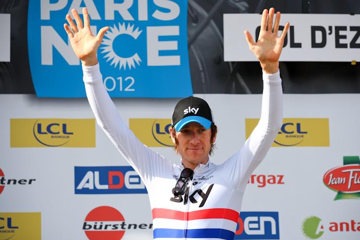 ステージ優勝を飾ったブラドレー・ウィギンズ(イギリス、チームスカイ)