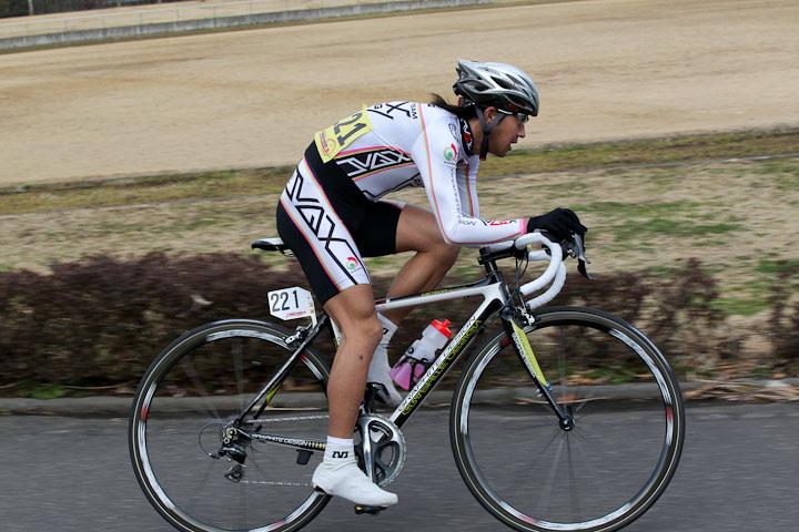 5周目、長沼隆行(VAX RACING)が逃げる  photo:Hideaki.TAKAGI T