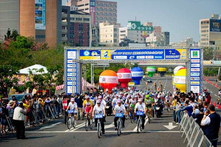 台湾の南部、高雄で開催された第7ステージ