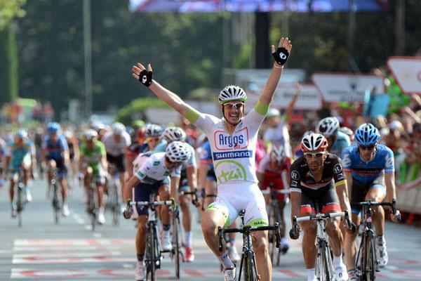 マドリードステージを制したジョン・デゲンコルブ(ドイツ、アルゴス・シマノ)