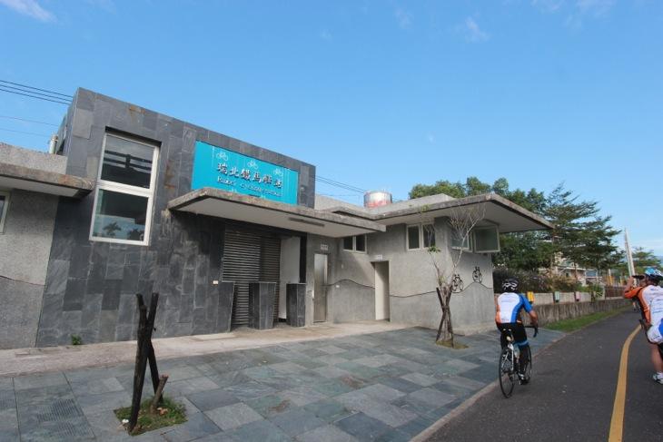 かつての駅が活用されてサイクリングステーションになっている
