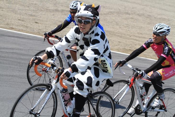 牛さんも走る!