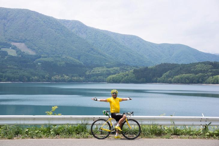 仁科三湖のひとつ木崎湖。思わず飛び込みたくなる。