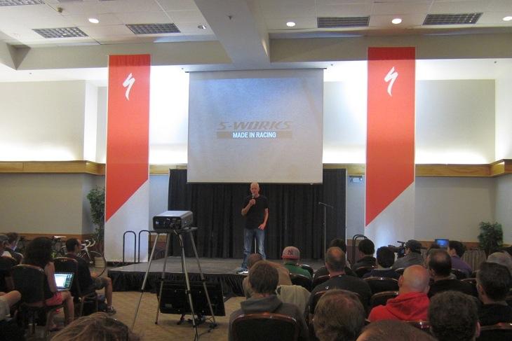 プレゼンテーションには、創始者のマイク・シンヤード氏も登場