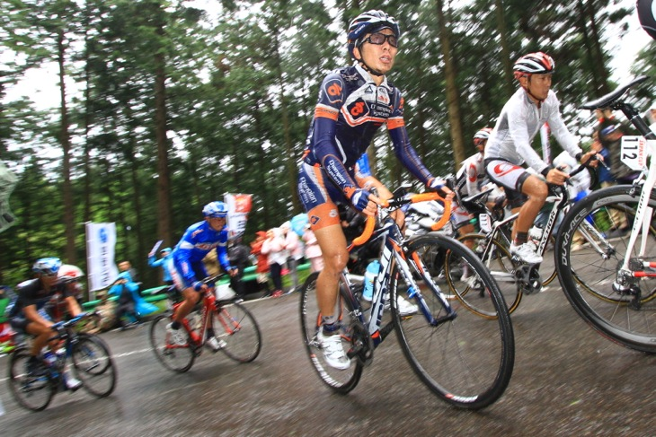 ジャパンカップ2013を走る西薗良太(チャンピオンシステム): (c)Makoto.AYANO