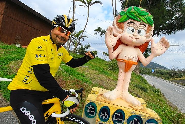 「今日も無事故で!」沖縄を代表する精霊キジムナーが交通安全を見届けてくれる。