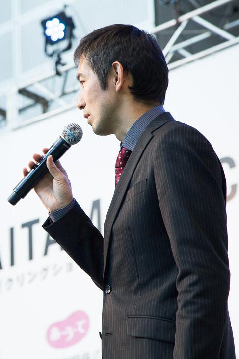 浅田監督が選手の実績を交えて紹介していった