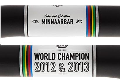 世界選手権2連覇に敬意を表するペイントが施された