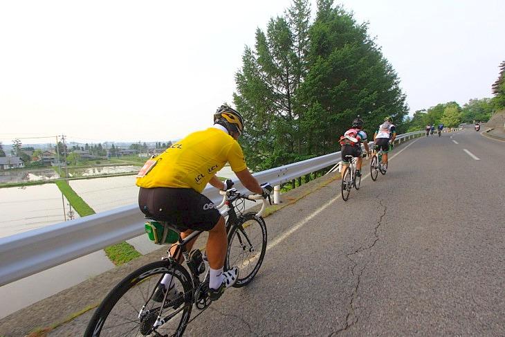 自転車天国・長野県の朝は清々しい。