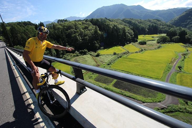 開通したばかりのパノラマ橋からの眺望は見事です。
