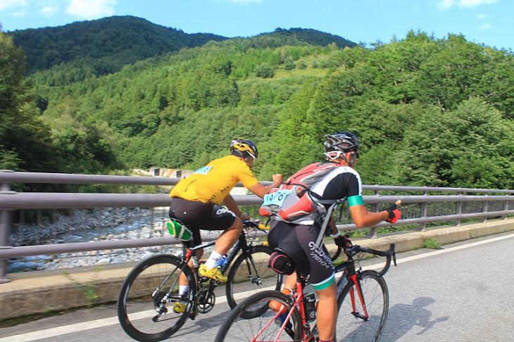 今日一日、抜群のサイクリング日和でした。