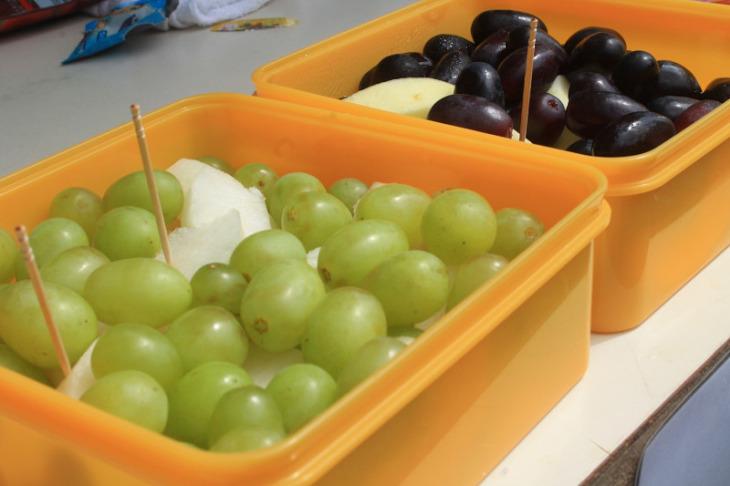 ぶどうやリンゴなど信州の果物も沢山用意されていた