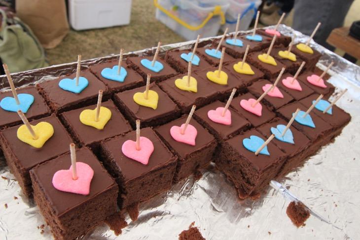 バレンタインデーを先取りするハートのチョコケーキ