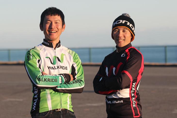 須田晋太郎さん(右)