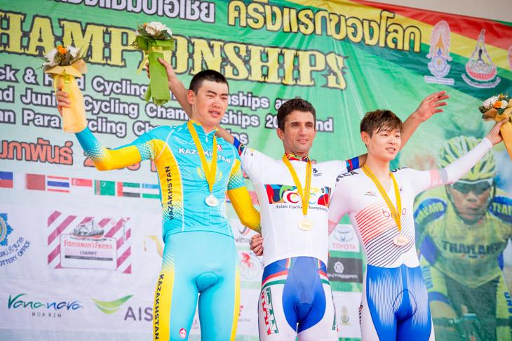 エリート男子個人TT表彰台 ホセイン・アスカリ(イラン) はロードとの2冠を達成