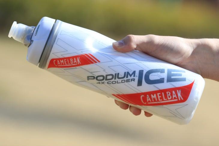 キャメルバック ポディウム・アイス 従来品よりも優れた保温性を備えるボトルだ
