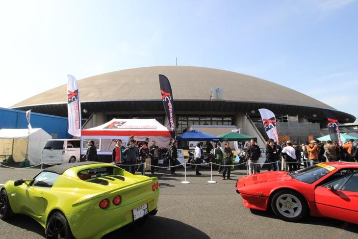 オートトレンドと旧車天国とも併催。2輪と4輪のクロスオーバーイベントだ