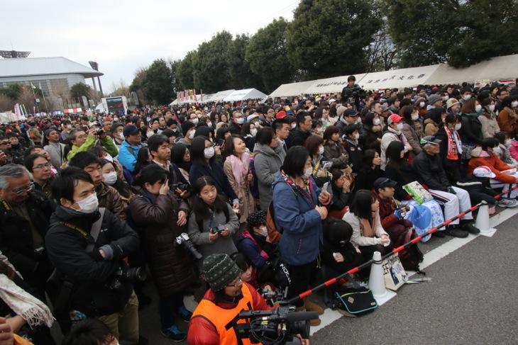 ステージイベントにも大勢の観客が訪れた