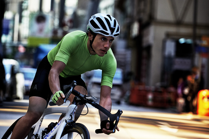 Rapha Pro Team Aero Jersey(Bright Green)着用イメージ