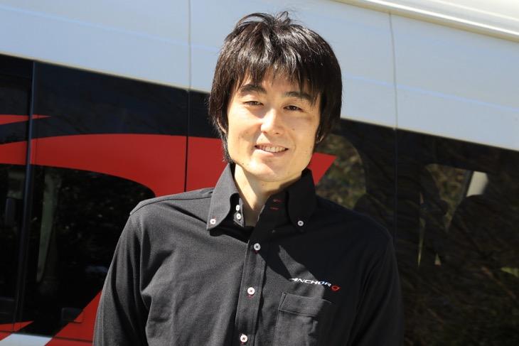 高橋寛彰さん:ブリヂストンサイクル開発部に所属し、エクステンザシリーズを生んだ中心人物。今回のインタビューでは知られざるタイヤ開発ストーリーを掘り下げて聞いた
