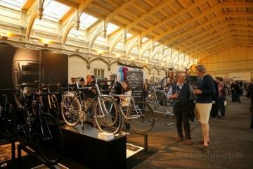 伝統が息づく一方で新しい潮流も多いイギリス自転車界(写真は欧州最大のハンドメイド自転車ショーBespoked UKHBS)