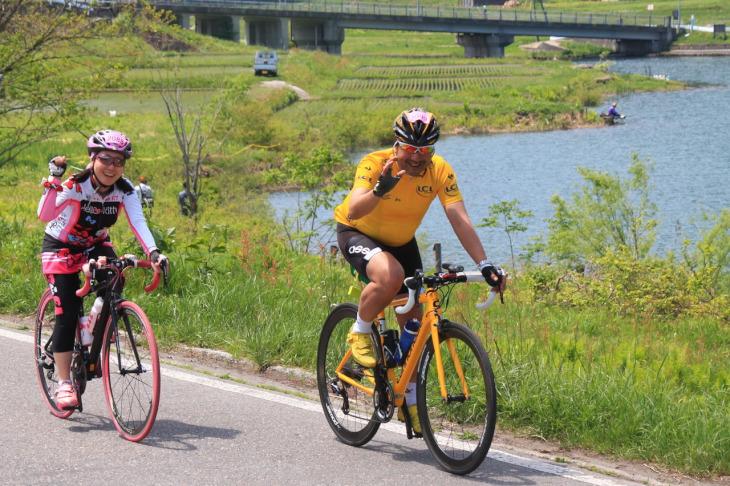 今年の往路は美しい仁科三湖畔を楽しみながら進みます。