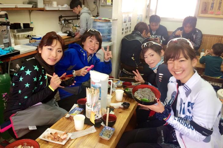 平野さんはグルメサイクリングツアーなどを企画して、フィットネスクラブのお客様に自転車で走る楽しさを伝えている