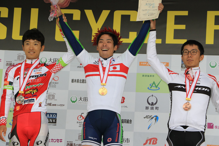 2015年には個人タイムトライアルの全日本チャンピオンに輝く
