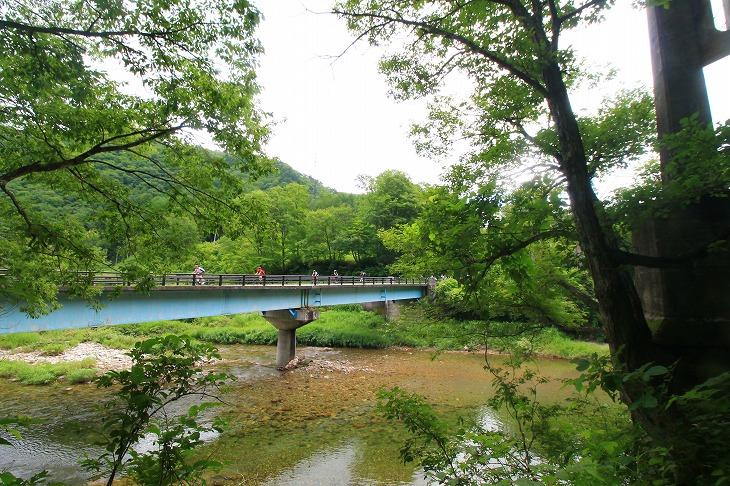 この緑の中を走る走ってみっぺ南会津。それは行きたくなる気持ちはわかる。でも、物事には準備というものがあるのだ