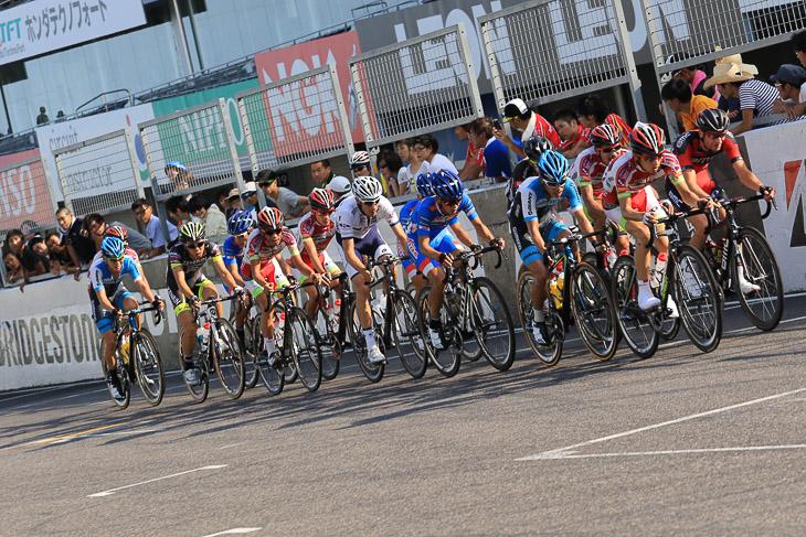 国内外のトップ選手によって競われる「国際ロード」