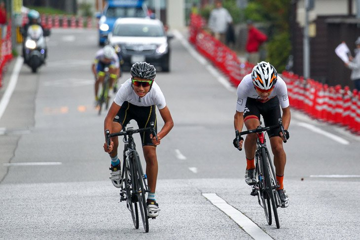 E3 津田悠義(左、JBCF J-Youth)が優勝