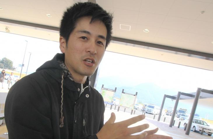 YOUCAN山梨店の店長である高野淳さんがシクロクロス富士川の牽引役だ