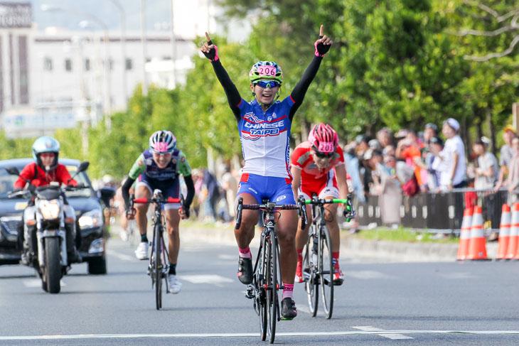 女子国際100km フアン・ティン・イン(チャイニーズタイペイナショナルチーム)が優勝
